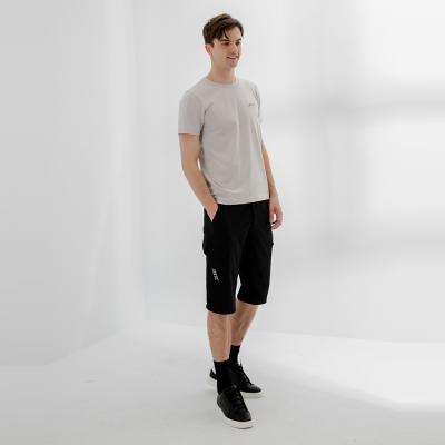 【HangTen】男裝-恆溫多功能-REGULAR FIT標準提織吸濕快乾抗曬多口袋六分運動短褲